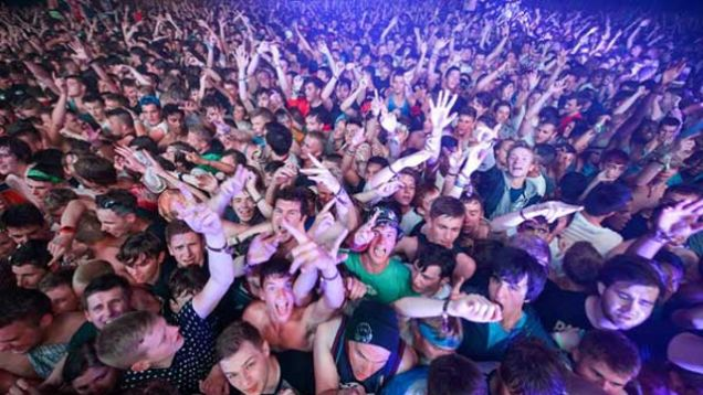 Survival tips for Moshing